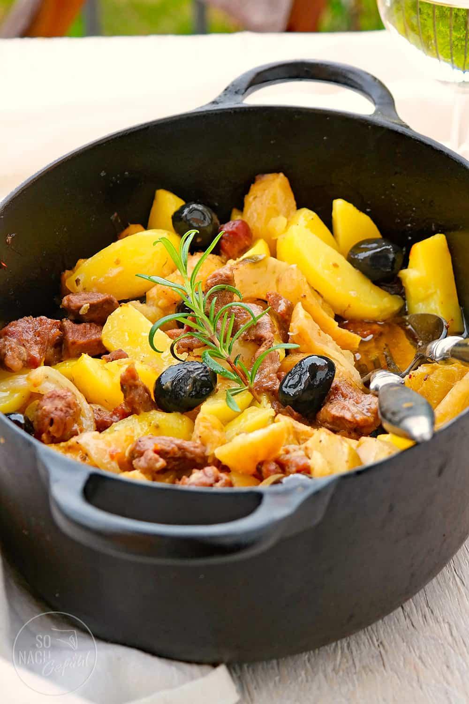 Lammragout mit Artischocken und Kartoffeln