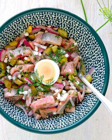 Matjessalat – und woran man echten Matjes erkennt