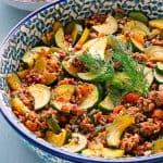 Zucchini-Hackfleisch-Pfanne mit türkischem Reis