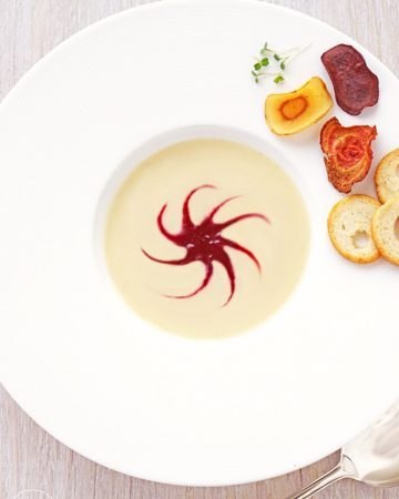 Selleriecremesuppe mit Roter Beete